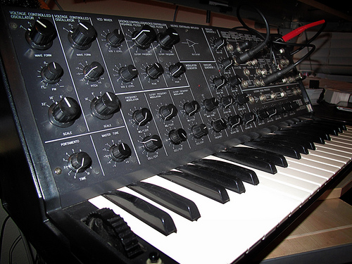 Korg MS-20 (from Synthgear.com)