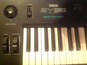 Yamaha SY35 Vector Synthesizer